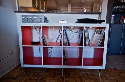 poglej temo mizica za gramofon. Black Bedroom Furniture Sets. Home Design Ideas